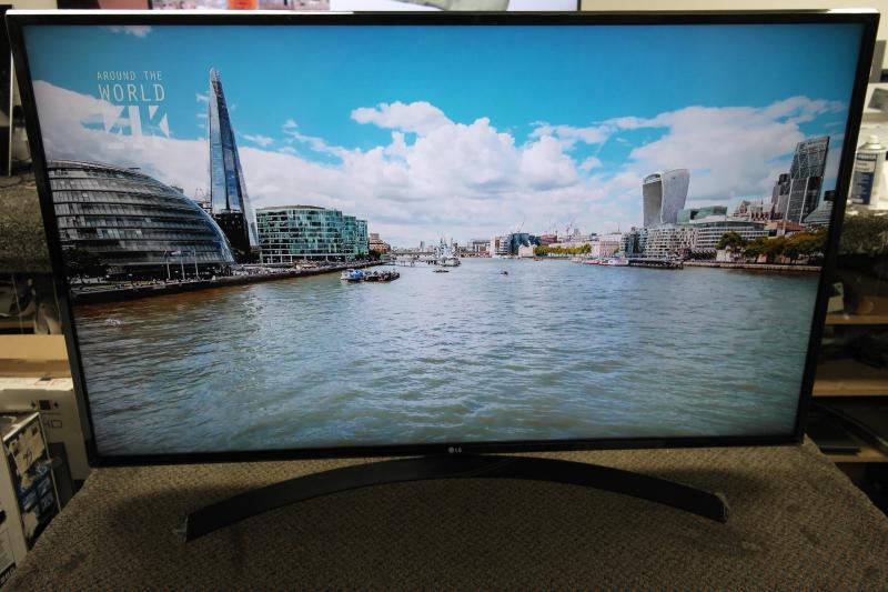 "49"" LG 49UJ635V 4K Ultra HD Freeview HD Smart HDR LED TV"