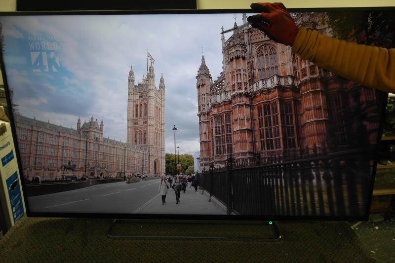 "55"" Toshiba 55VL5A63DB 4K Ultra HD HDR Freeview Play Smart LED TV"