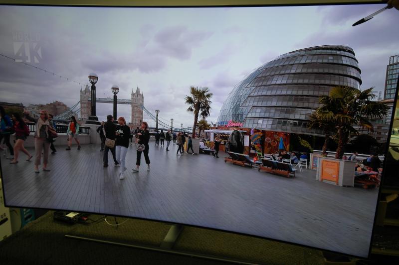 "65"" Samsung QE65Q7CAM Curved 4K Ultra HD HDR Smart QLED TV"